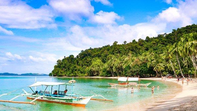 Bagmaya-beach-boat